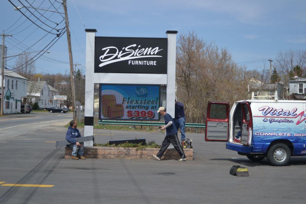 DiSiena Furniture SNAL furniture sign